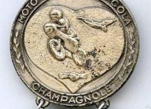 pello cola medaille concentration moto 1980