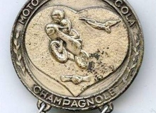 pello cola medaille concentration moto 1980