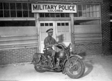 african moto guerre police