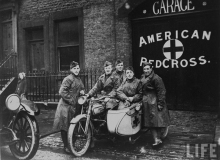 moto_guerre_american_redcross