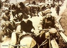 retour moto guerre refugies