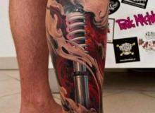 tatouage_motard_jambe