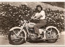 vieille-photo-indian-moto